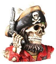 pistol_pirate_bust
