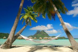 τροπικό νησί και αιώρα